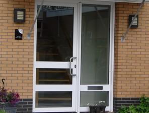 Alfa ramen en deuren for Holland deuren service